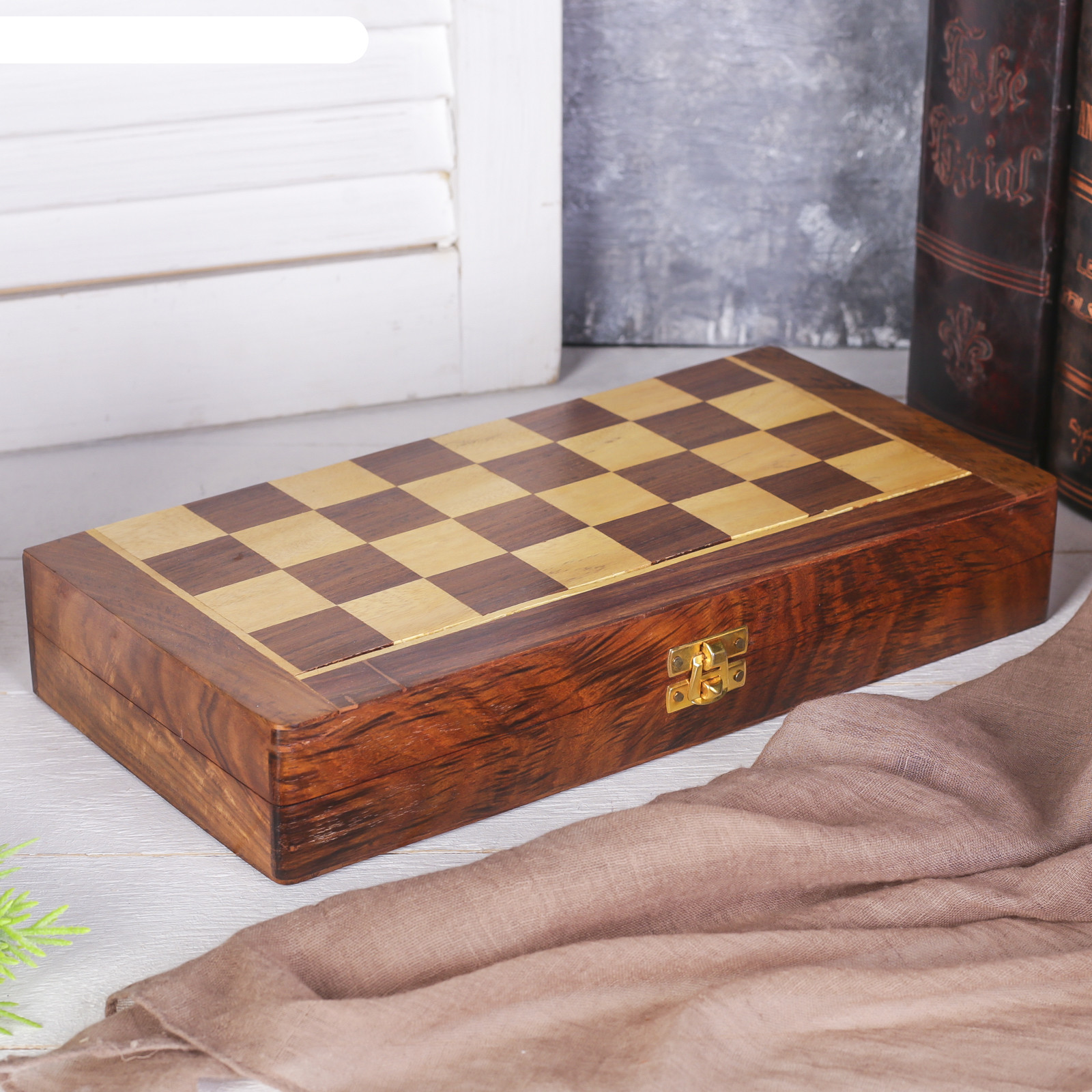 Шахматы на магните раскладные 30х30х4 см