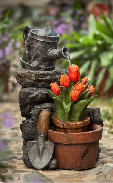 Декоративный фонтан для дачи  тюльпан