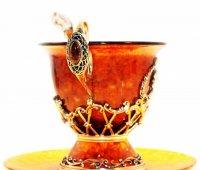 """Янтарная чашечка чайная """"пётр I"""" (янтарь, серебро)"""