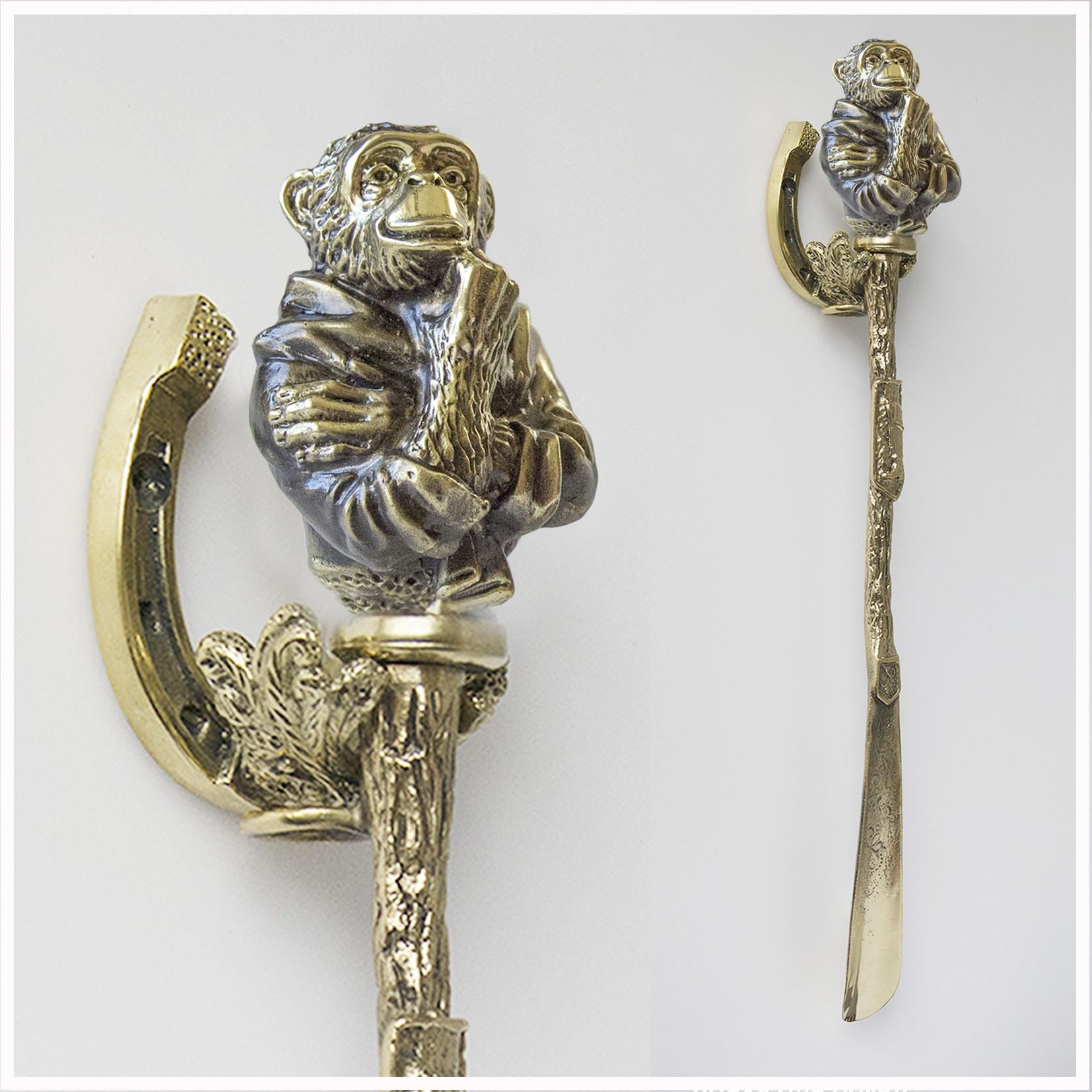 Ложка для обуви обезьяна