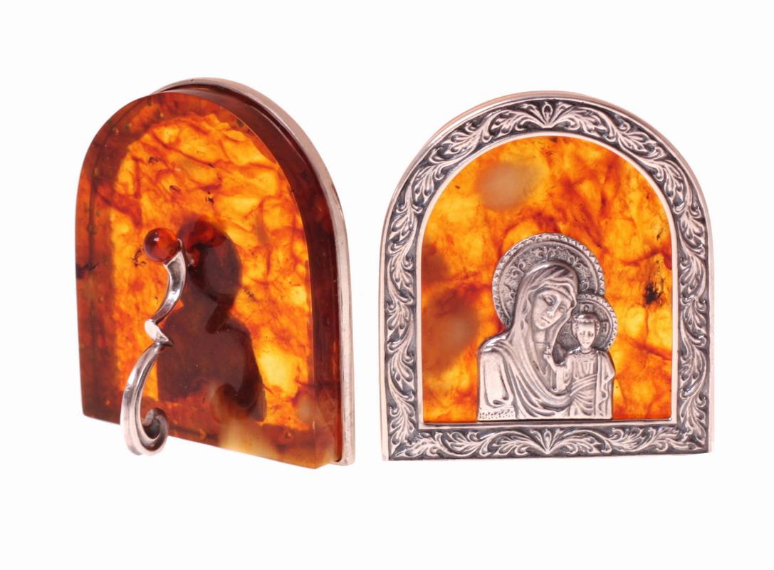 """Иконка из янтаря """"богородица"""" в бронзе"""